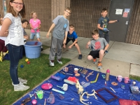Country View 5th graders experiment with hydro-dipping and physical changes