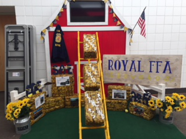 Roy High Chapter display received 1st place and will be competing at FFA Nationals in October