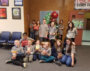 Municipal's Peer Leaders Hold Food Drive For Local Food Bank