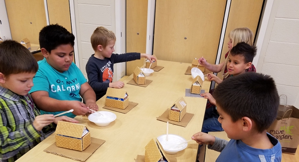 North Park Students Decorate Gingerbread Houses