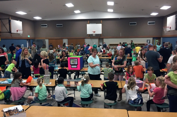 "Farr West Elementary Holds Annual ""First Grade Inventions Day"""