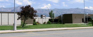 Picture of Pioneer Elementary School.