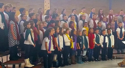 Valley View Students Sing At Their Christmas Concert