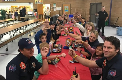 Valley View Elementary students earned a lunch with their super heroes!