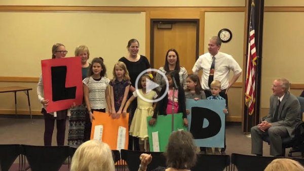 Lakeview Elementary Students Visit November Board Meeting
