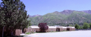 Picture of Uintah Elementary School.